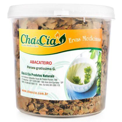 cha-de-abacateiro